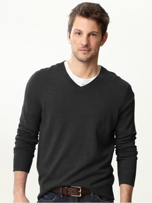articole-esentiale-barbati-pulover