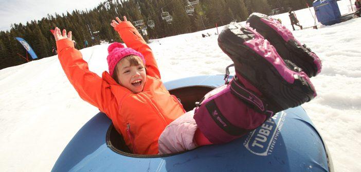 Ghetuțe și cizmulițe de iarnă pentru copii