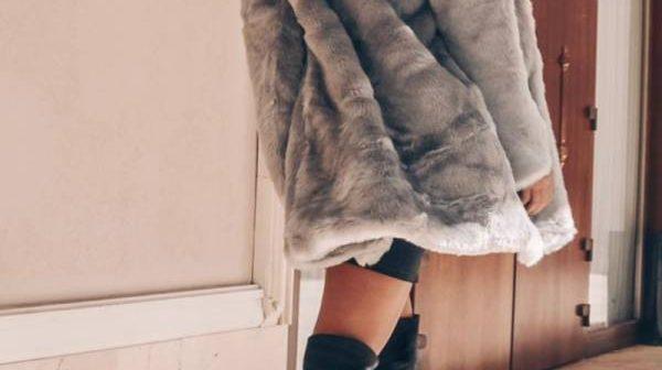Trend alert pentru această iarnă – jachetele de damă din blană artificială